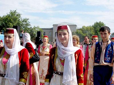 Ансамбль 'Ани', празднование появления первых поселений армян на Дону в селе Чалтырь, 2009 год, фото Веры Волошиновой