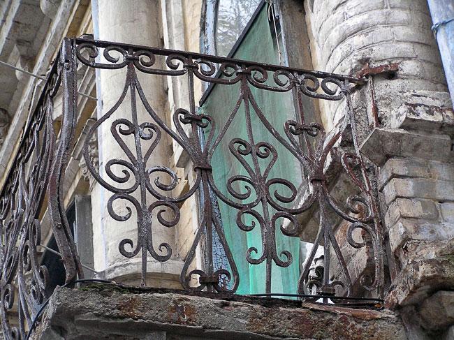 Социалистическая 105, балкон, Ростов-на-Дону, фото Веры Волошиновой