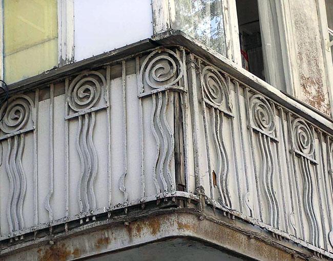 Баумана 54, балкон, Ростов-на-Дону, фото Веры Волошиновой