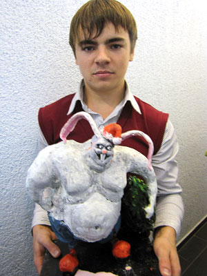 Александр Маркин и кролик-культтурист