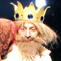 Сергей Беланов (Царь-ампиратор), новогоднее представление 2011 в Ростовском Молодежном театре, фото Веры Волошиновой