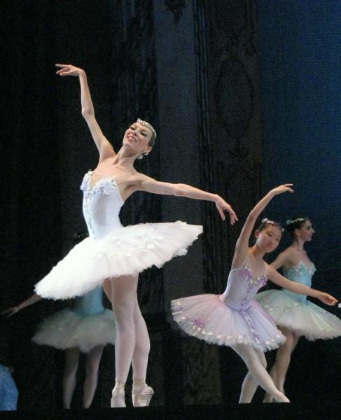Ольга Быкова  (Виктория ), балет Корсар в Ростовском музыкальном театре, фото Веры Волошиновой