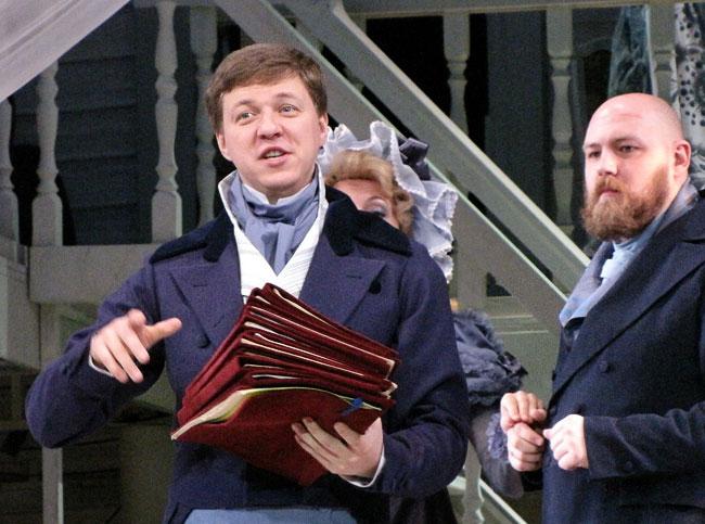 Ленский, он же Фигаро, опера Свадьба Фигаро в Ростовском МузыкальномТеатре