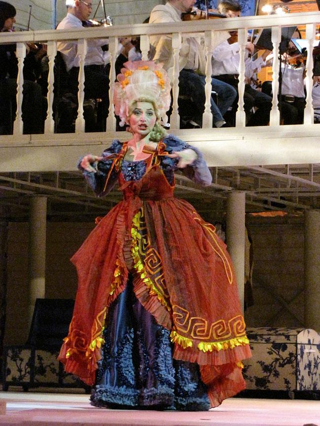 Марцели́на, опера Свадьба Фигаро в Ростовском МузыкальномТеатре
