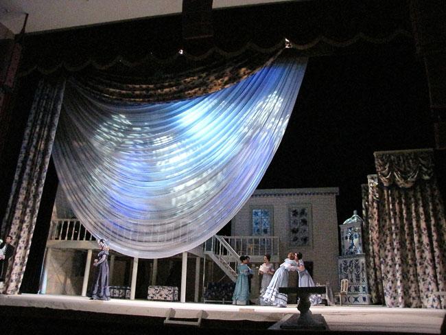 Начало, опера Свадьба Фигаро в Ростовском МузыкальномТеатре