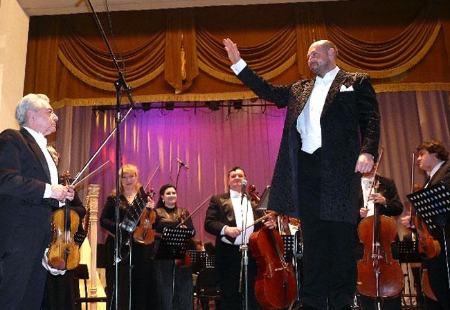 Благотворительный концерт Ростовского академического симфонического оркестра, детей-вокалистов и солистов в Ростовской областной филармонии