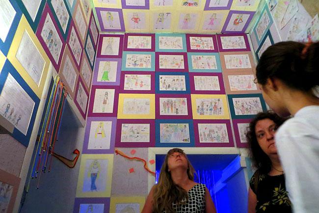 Я покажу тебе свой мир - выставка творчества особых детей в информационном центре ЮФУ