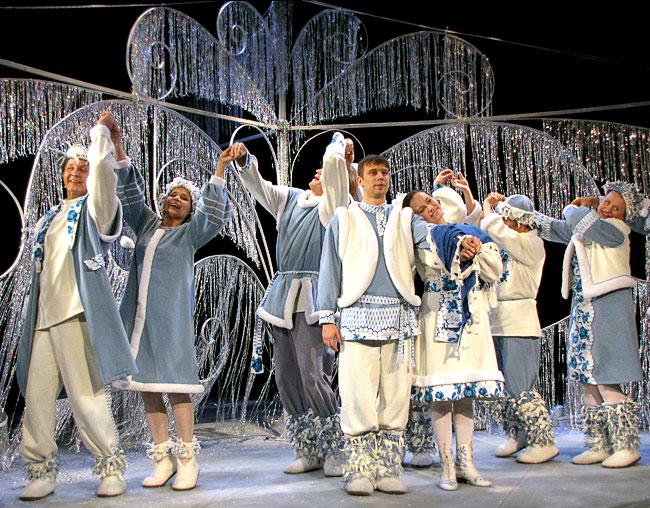 Новогодняя сказка Новошахтинского театра Заколдованная Снегурочка