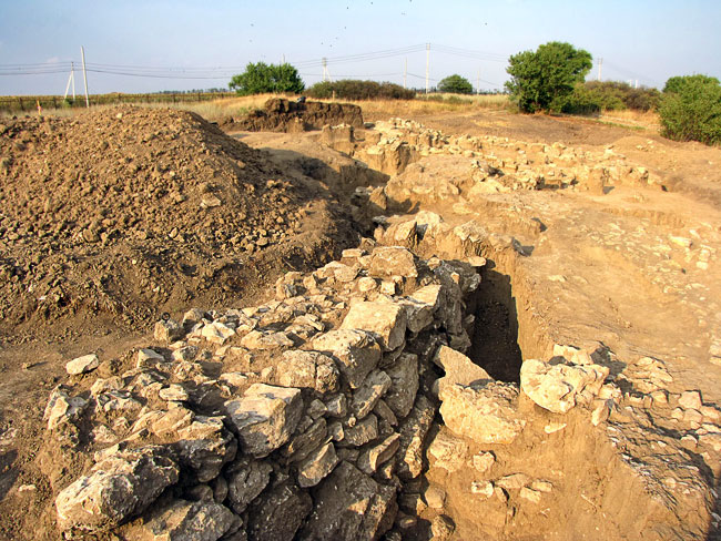 Музей-заповедник Танаис, остатки стены