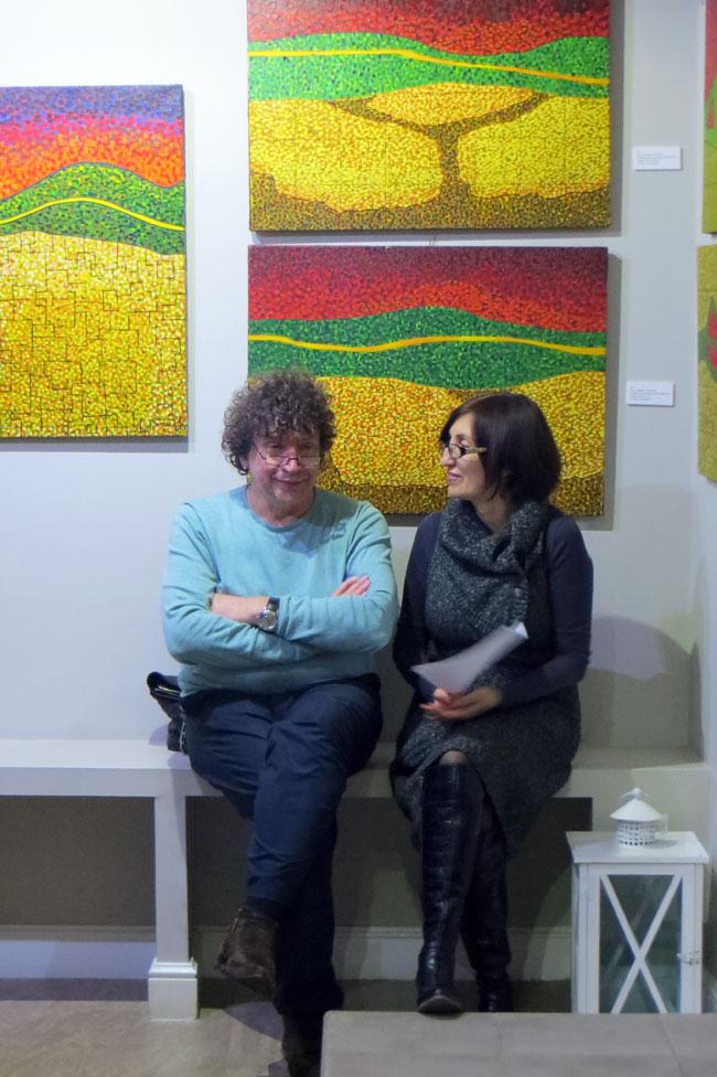 На выставке венесуэльских художников, Галерея М, Ростов-на-Дону