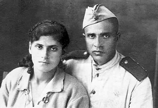 Георгий Восканян. во время войны служил связистом в войсках ПВО