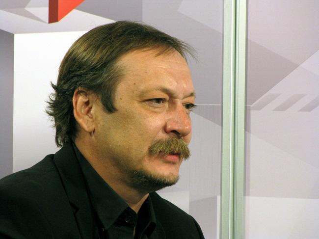 артист Владислав Ветров