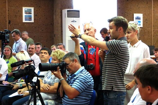 Дмитрий Гусев на встрече в ДГПБ