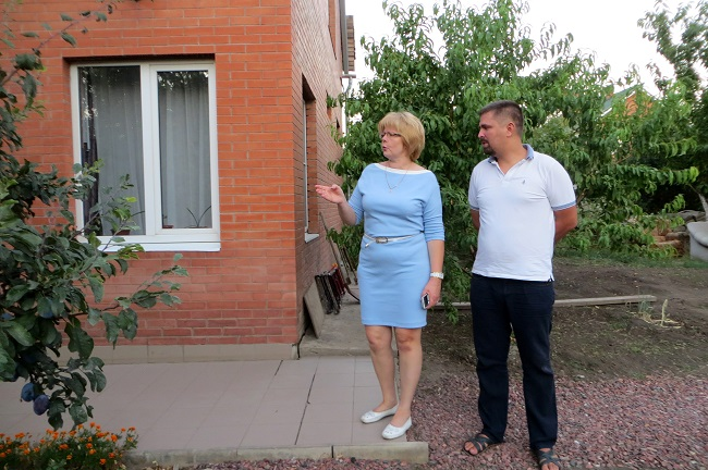 социальные предприниматели Ирина бородаева и Дмитрий Кудыш