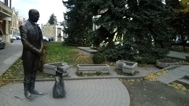 фигура Кисы Воробьянинова в Пятигорске