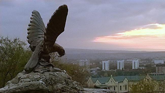 фигура орла в Пятигорске