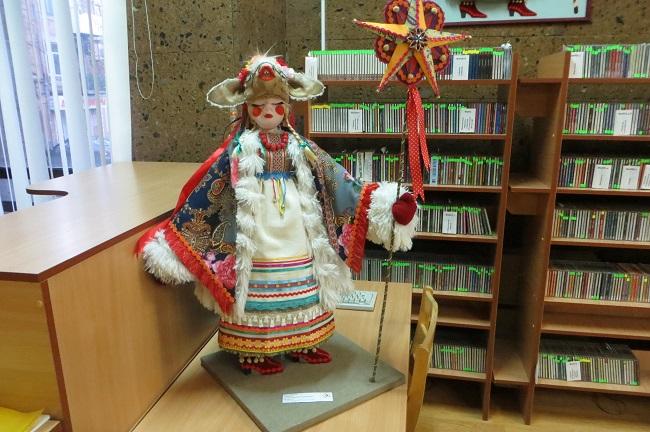 """на выставке """"Кукла Дона-2015"""""""
