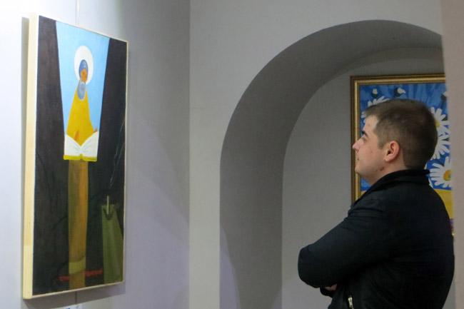 на выставке Высочина в М-галерее