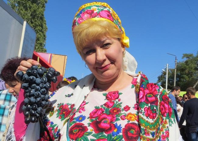 вот какой у нас виноград!