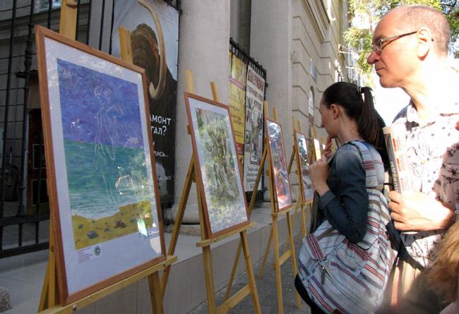 выставка учеников ДХШ Ростова