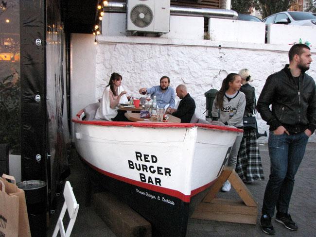 закусывать-можно-и-в-лодке