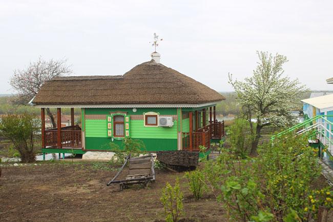 зеленый-куренек-с-флюгером