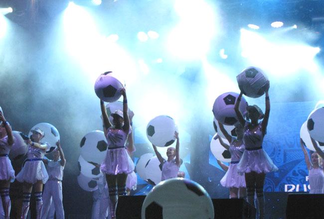 концерт-шары-сцена