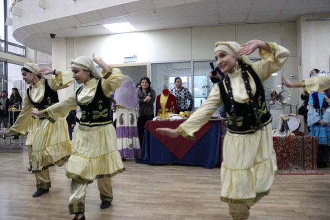 азербайджанские-девушки-тан