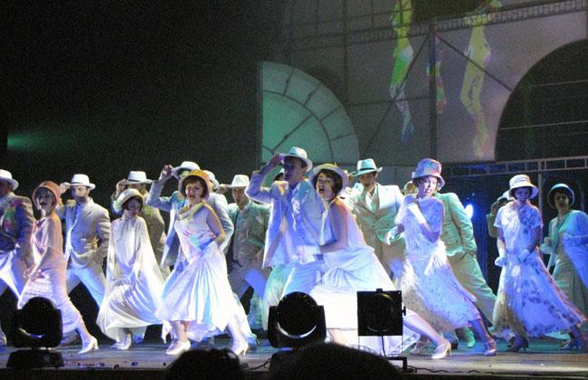 танцующий-хор2