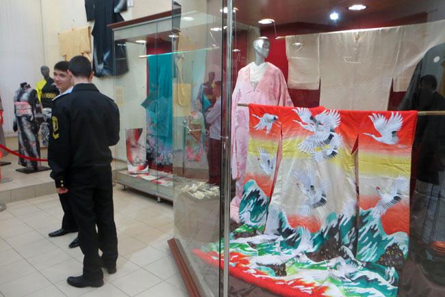 кимоно-с-журавлями