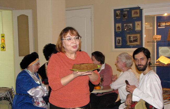 Рита-с-нахичеванским-хлебом