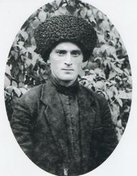 Адам Татаров