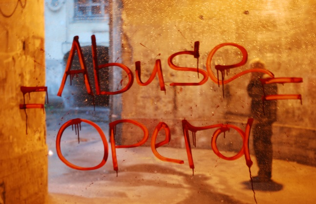 Abuse Opera (3)-1