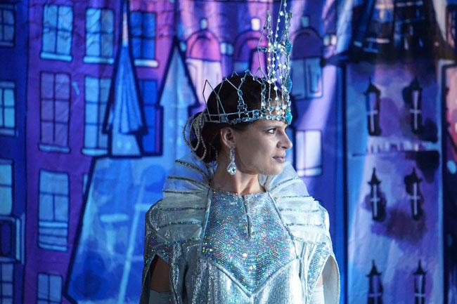 Снежная-королева-Александра
