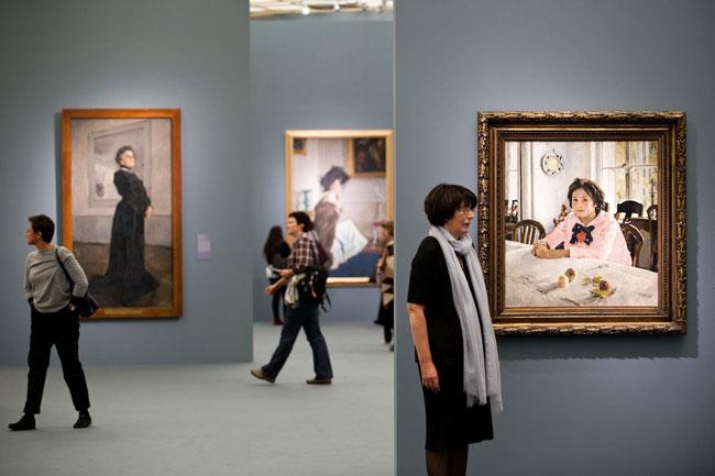 На выставке Серова в Москве