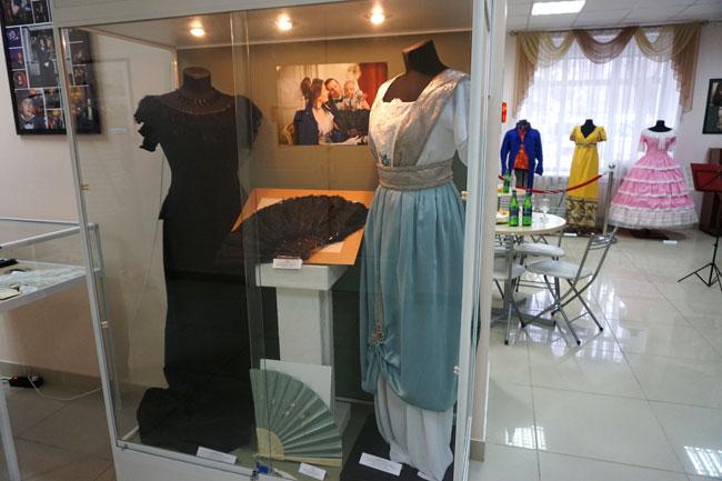 платье-эпохи-модерн
