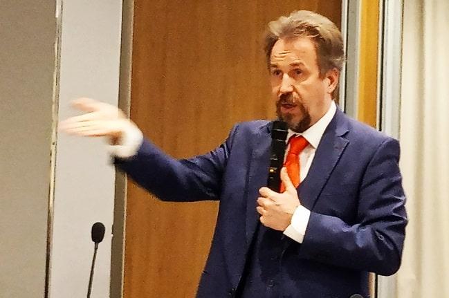 адвокат Вадим Усков-min
