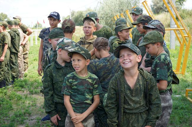 мальчишки---они-и-в-военном
