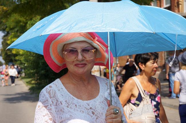 шляпа-и-зонтик