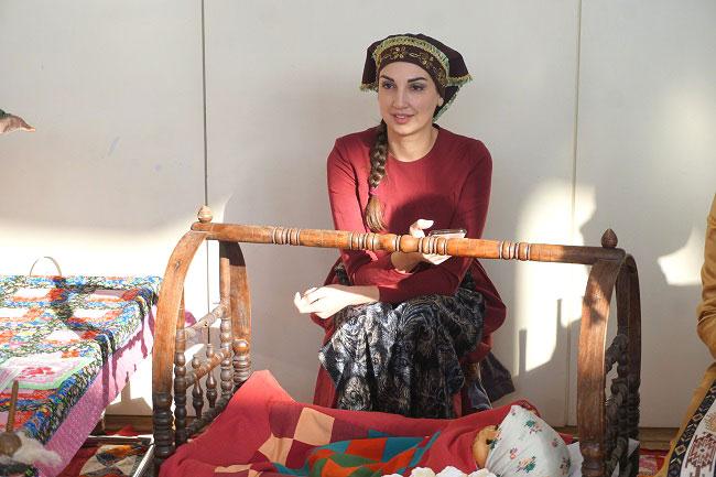 армянская-молодая-мама