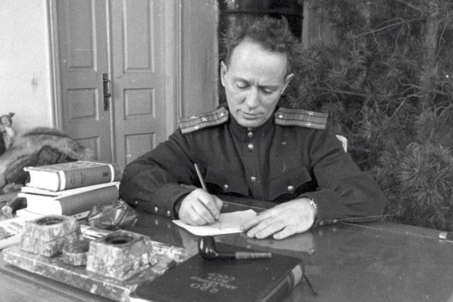 М.А.-Шолохов.-1946.-Фото-А.