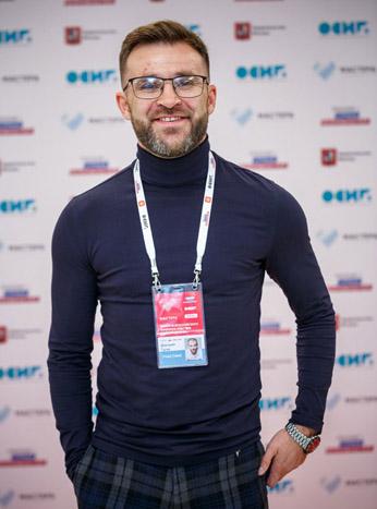 Дмитрий-Гусев