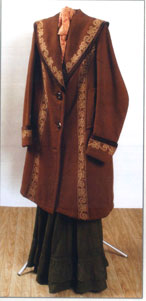 пальто-бурнус