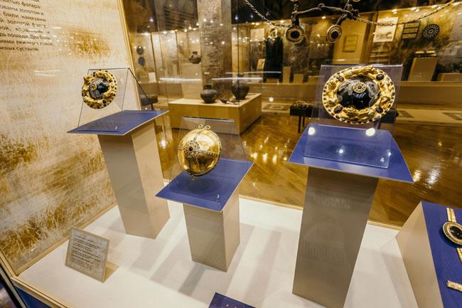 Азовский-музей-золото