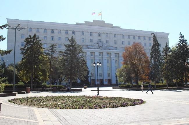 здание Облсовета-min