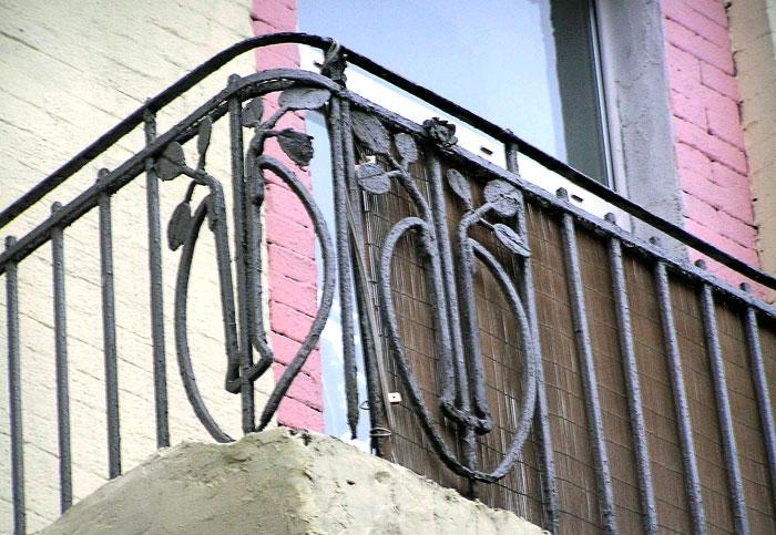 Большая Садовая 25, балконное ограждение, Ростов-на-Дону, фото Веры Волошиновой
