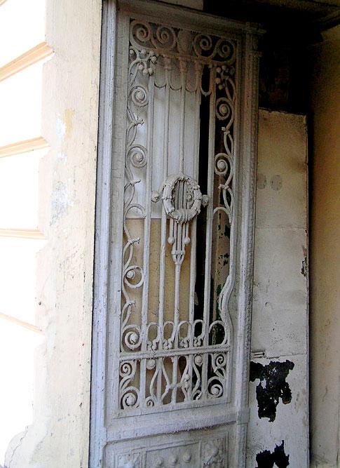 Большая Садовая 23, дверь, Ростов-на-Дону, фото Веры Волошиновой