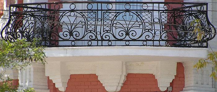 Буденновский 69, балконное ограждение, Ростов-на-Дону, фото Веры Волошиновой