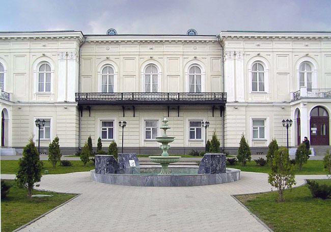 Атаманский дворец в Новочеркасске, фото Веры Волошиновой
