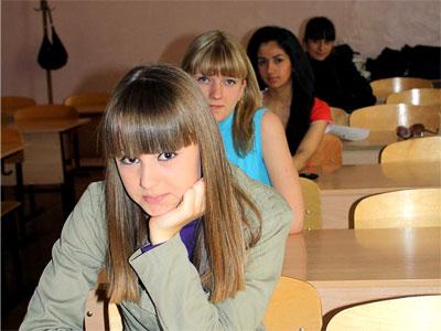 ЕГЭ 2009 в Ростове-на-Дону, фото Веры Волошиновой